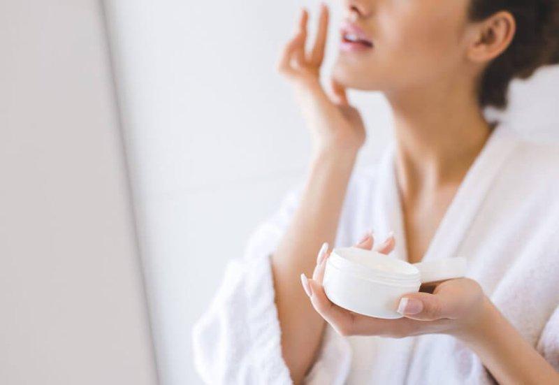 cách chăm sóc da nhòn và lỗ chân lông to