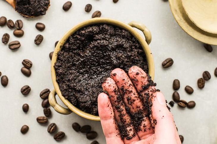 Cách ủ trắng da toàn thân từ cà phê