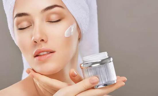 kem dưỡng ẩm phục hồi và tái tạo da