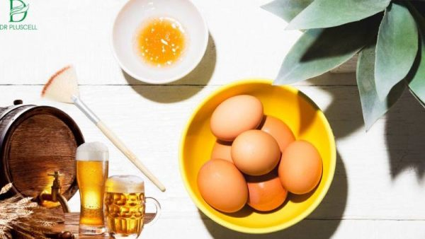gội đầu hỗn hợp trứng gà và bia