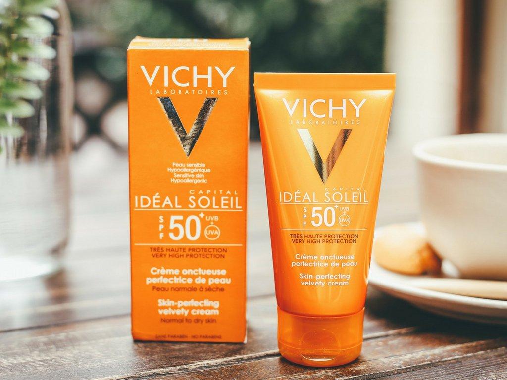 Vichy chống nắng