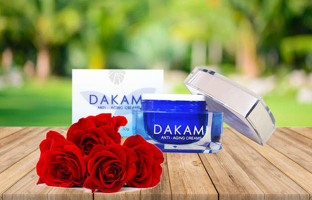 Kem ủ trắng da Dakami