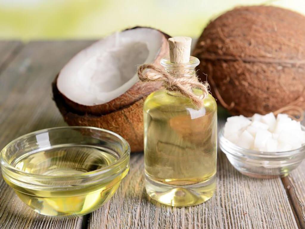 Mặt nạ cấp ẩm cho da khô từ dầu dừa