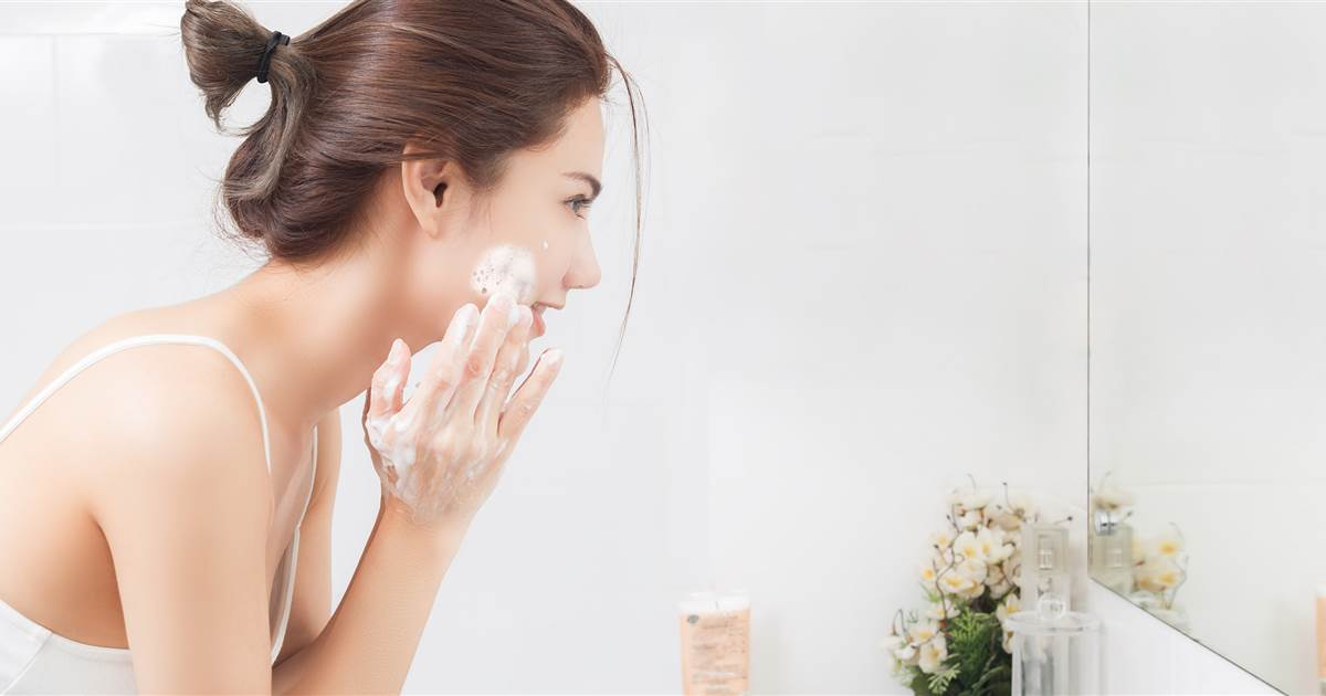 rửa mặt sạch sâu