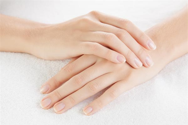 cách làm mềm da tay